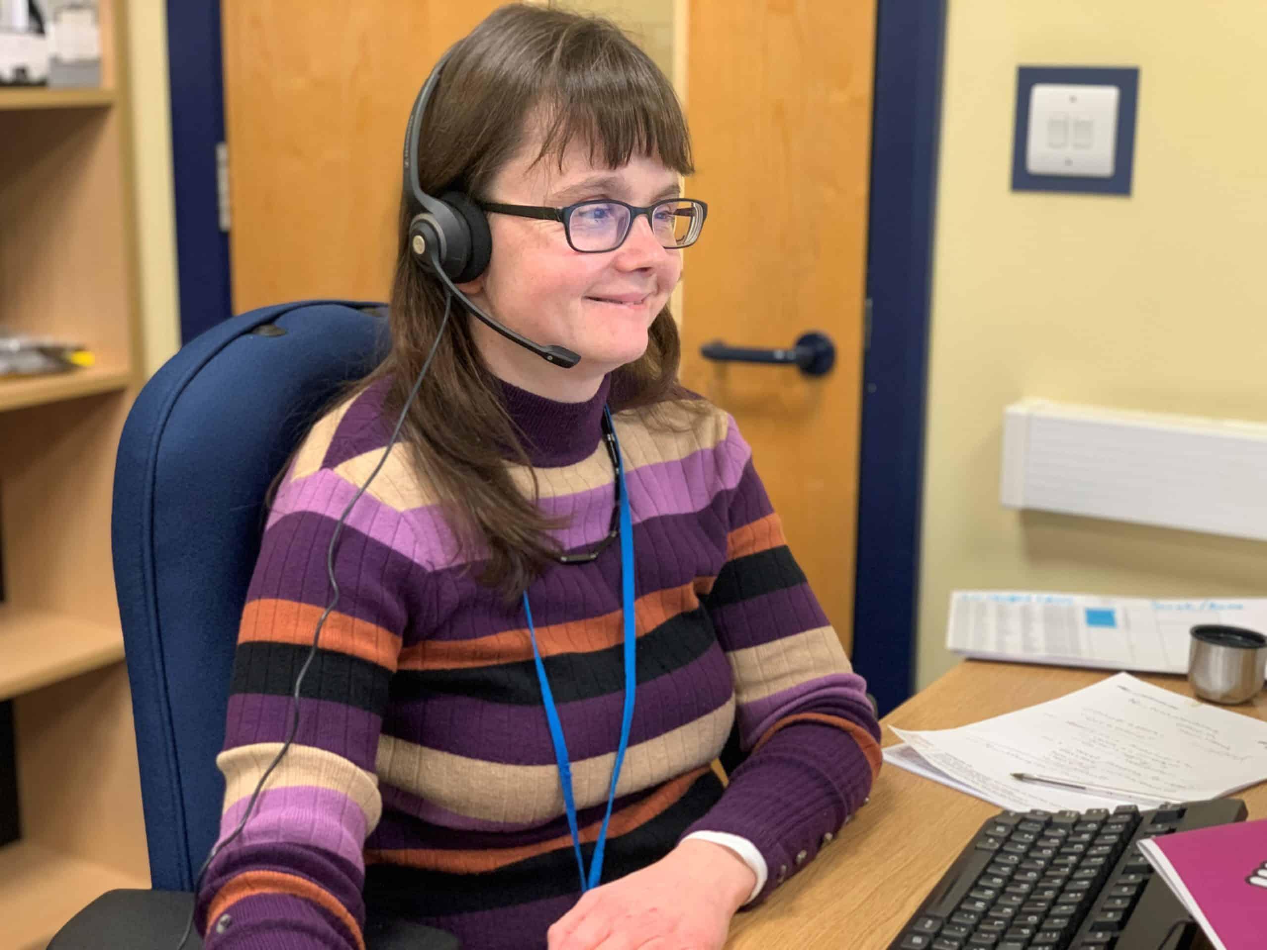 Receiving calls on the Deafblind UK helpline
