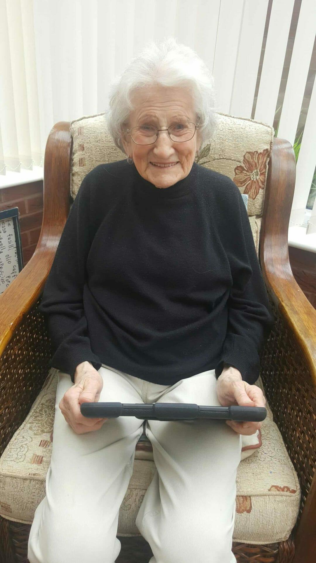 Using digital technology Deafblind UK
